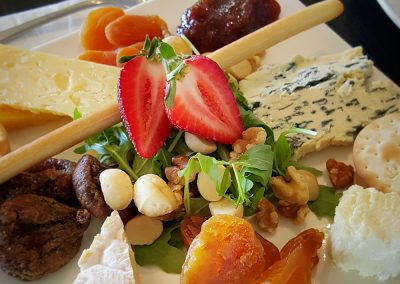 13_yarrawood_cheese-platter
